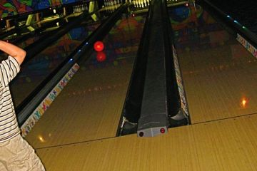 AMF River City Lanes
