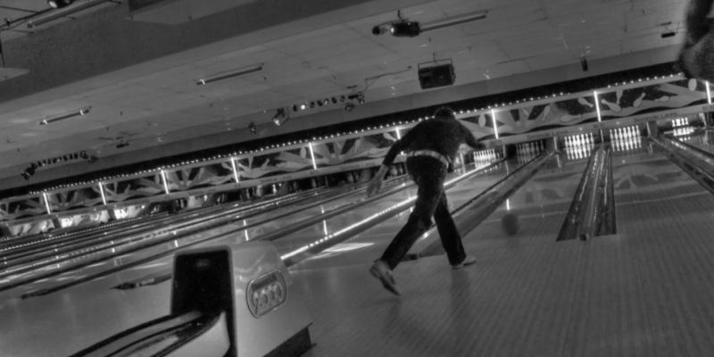 Professional Approach [Bowling Alley], Signal Hill - 2500