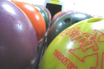 Bulldog Bowling Balls