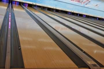 Devon Duckpin Bowling