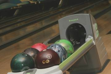 Holiday Bowling Center
