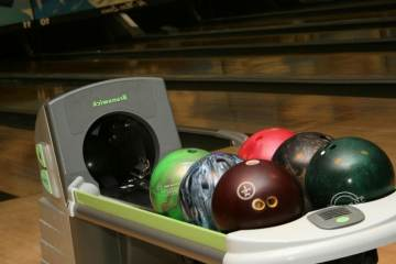 Revolutions Entertainment - Bowling Bar and Grille