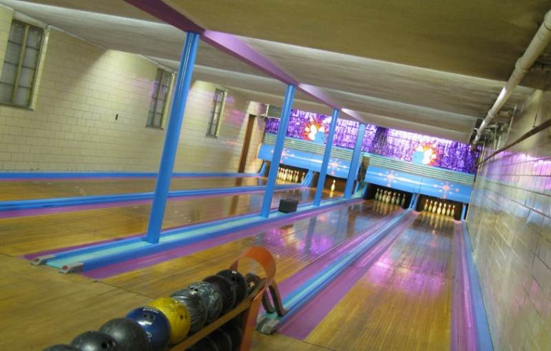 Sunshine Bowling Lanes Bowling Alley North Deland 595 E International Speedway Blvd