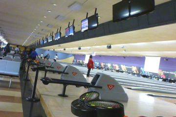 Bowlero Kennesaw