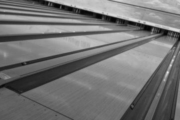Creslanes Bowling, Dubuque 52003, IA - Photo 2 of 2