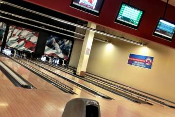 Wilmette Bowling Center