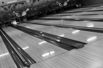 Bowling & Beyond Arlington Heights