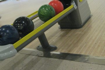 Classic Bowling Lanes