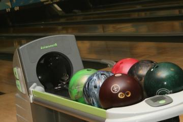 Academy Lanes, Haverhill 01835, MA - Photo 2 of 3