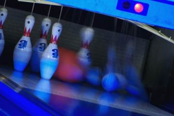 Appleplace Bowling Center