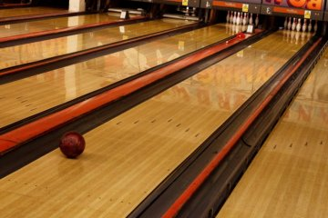 Nybo's Bowling Lanes