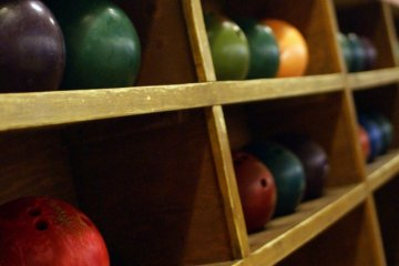 West Lanes Bowling Center