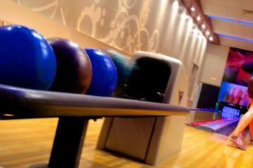 Timbers Bowling Lanes, Maumee 43537, OH - Photo 1 of 3