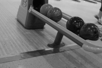 Islands Bowling Center, Clinton 73601, OK - Photo 1 of 2