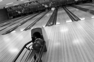 Family Fun Bowling, Drain 97435, OR - Photo 3 of 3