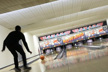 Midway Bowl