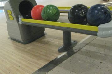 Cedar Bowling Center
