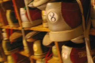 Koz's Mini Bowl, Milwaukee 53204, WI - Photo 2 of 2