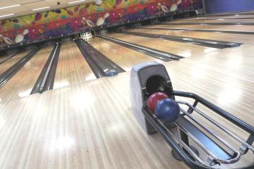Thunderbird Lanes and Banquet Facility